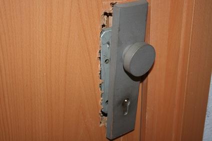 Beschädigte Tür